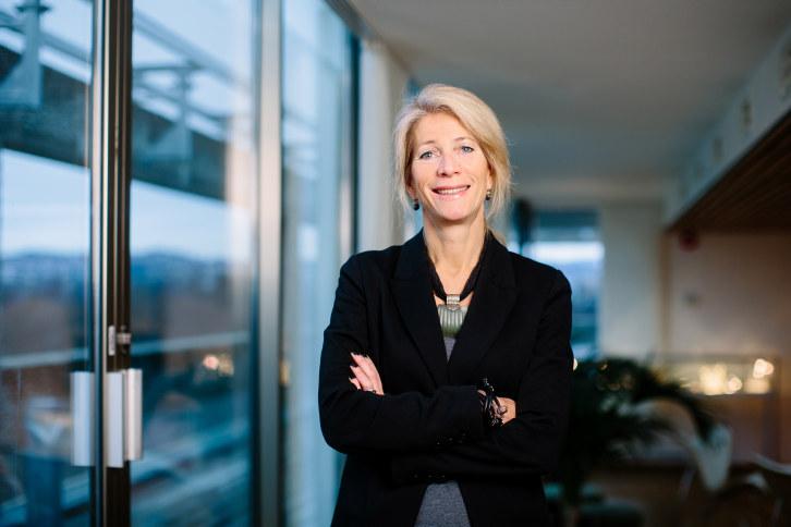 - Blekket på skatteforliket rakk ikke å bli tørt før Jonas Gahr Støre løp unna betydningen av skattelettelser, sier direktør for næringspolitikk i NHO Ingebjørg Harto.