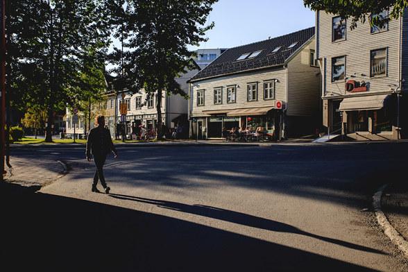 Tromsø kommune ved byråd for byutvikling har varsel at Skippergaten vil stenges for biltrafikk og det vil innføres bompenger i Tromsø. Nå inviterer kommunen sammen med NHO Troms og Svalbard og Næringsforeningen i Tromsregionen til debatt 10. juni på Kystens Hus.