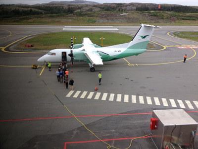 Gjennom anbudsvilkårene til de nye flyrutene i Nord-Norge og Namdalen, er staten i ferd med å påføre namdalsk næringsliv konkurranseulemper.
