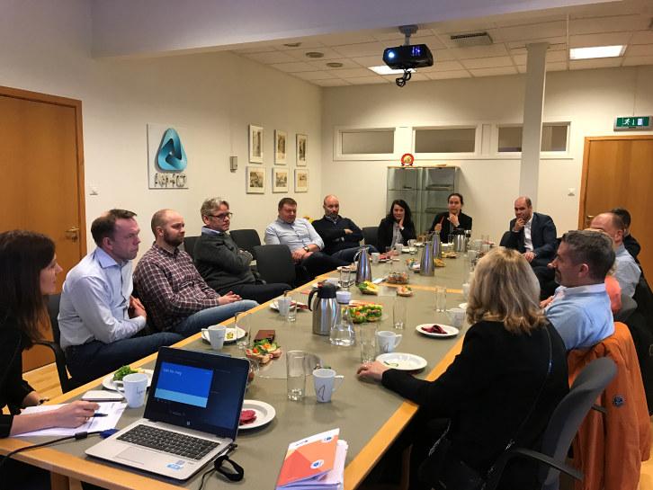 Nyttige innspill om utfordringer og muligheter stor på agendaen, da medlemsbedrifter i NHO service hadde dialogmøte med administrerende direktør Anne-Cecilie Kaltenborn.