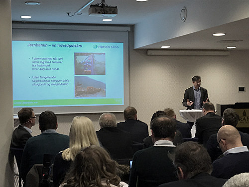 Uten fungerende togløsninger stopper både skogbruk og skogindustri. Norges Skogeierforbund, med blant annet NHO Innlandet som medarrangør, arrangerte nylig godsseminar med tre statsråder tilstede.
