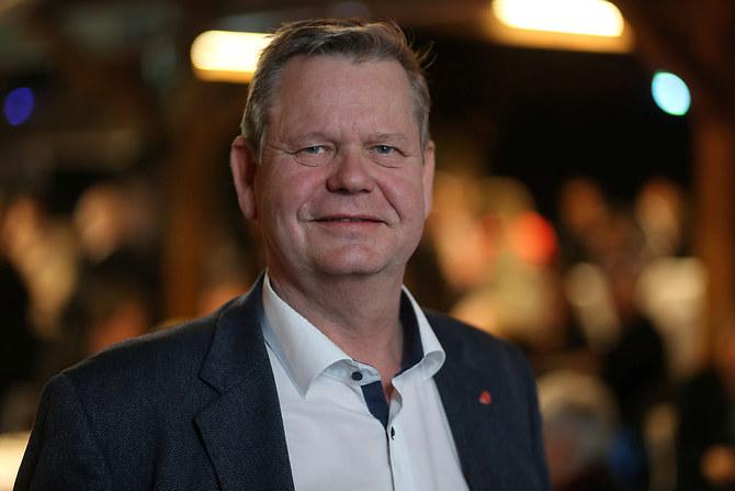 Veiselskapet Nye Veier har etterlyst bedre tilsynsordninger knyttet til offentlige anbud. Nå tar Odd Omland (Ap) saken opp i Stortinget.