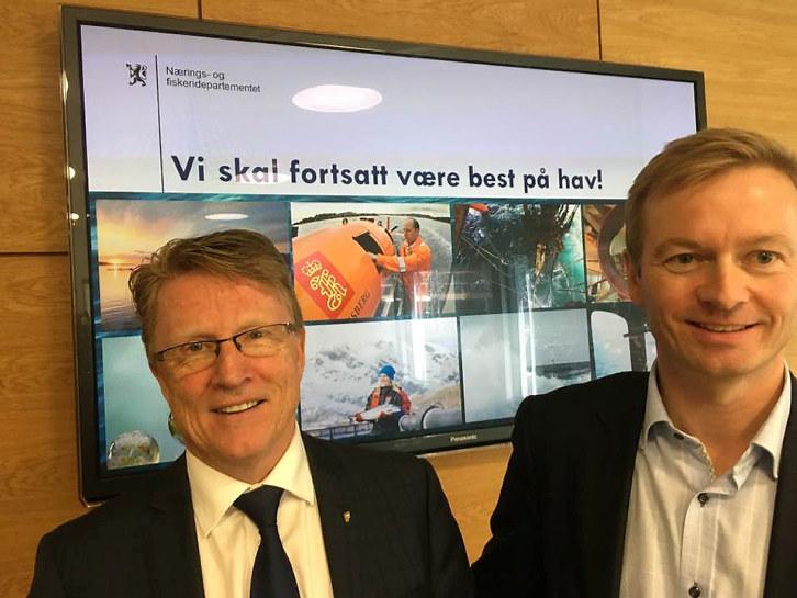 - Dette er en strategi for fremtidens jobber. Gjennom generasjoner har nordmenn hatt blikket mot havet, og havnæringene har stått for teknologibølgene som la mye av grunnlaget for det moderne Norge. Nå er det vår generasjons tur til å føre stafettpinnen videre, sier statsminister Erna Solberg i regjeringens pressemelding.