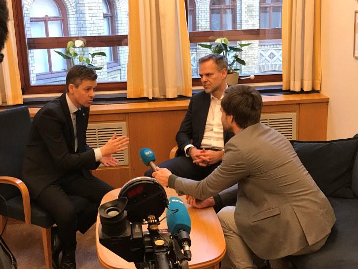 - Denne skatten gjør det dyrere å skape arbeidsplasser i Norge. Det sier KrFs leder Knut Arild Hareide og NHOs president Tore Ulstein om Arbeiderpartiets skatteforslag.