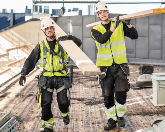 """Tingretten har slått fast at kontraktsformen """"fast ansatt uten lønn mellom oppdrag"""" er lovlig."""