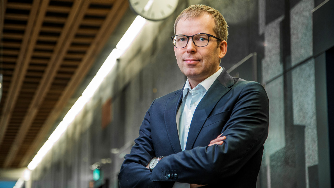 Portrettfoto av Håkon Haugli