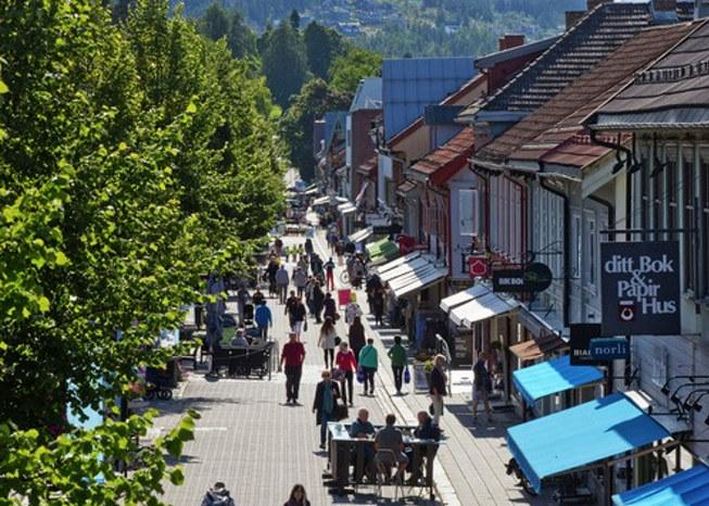 På tide å melde seg på? Reiselivet er en av verdens raskest voksende næringer. På årskonferansen vil vi vise hvordan reiselivet i Norge arbeider for å bli bærekraftig. Vi løfter frem reiselivsaktører, leverandører, teknologi og mennesker som bidrar til et enda grønnere reiseliv.