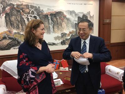 - Det ligger an til et tettere samarbeid mellom kinesisk og norsk næringsliv på en rekke områder, sier NHO-sjef Kristin Skogen Lund.