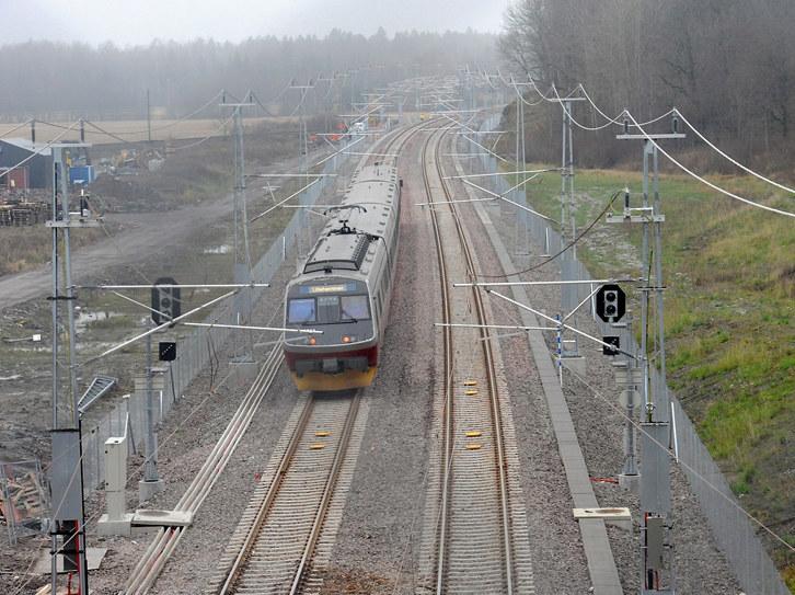 Jernbaneutbygging engasjerer Vestfoldsamfunnet sterkt, og NHO Vestfold er svært opptatt av mulighetene et ferdig utbygget Intercity gir for å utvikle ett bo- og arbeidsmarked i regionen. Onsdag 12. april er frist for innsending av høringsuttalelse til Bane NORs planprogram for dobbeltspor Tønsberg - Larvik Intercity Vestfoldbanen, og her følger NHO Vestfolds høringsbrev.