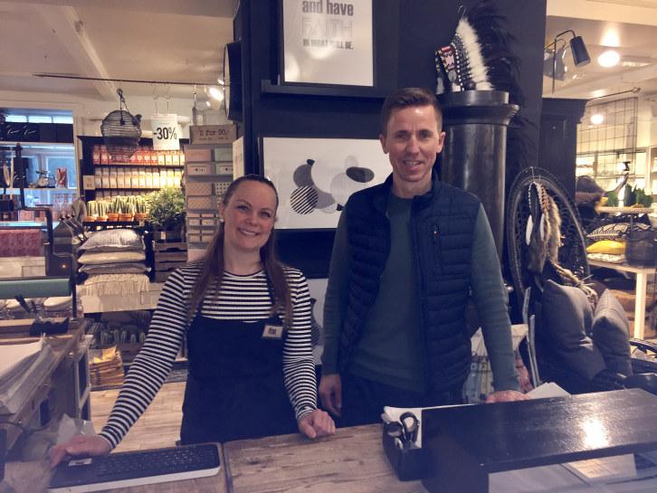 I 1979 åpnet Kremmerhuset sin første butikk i Sommerveita i Trondheim. Varene har endret seg mye siden da, og i dag er Kremmerhuset Ting og Sånt en nasjonal interiørkjede med 68 butikker og over 550 ansatte. Kremmerhuset er månedens bedrift i mai.