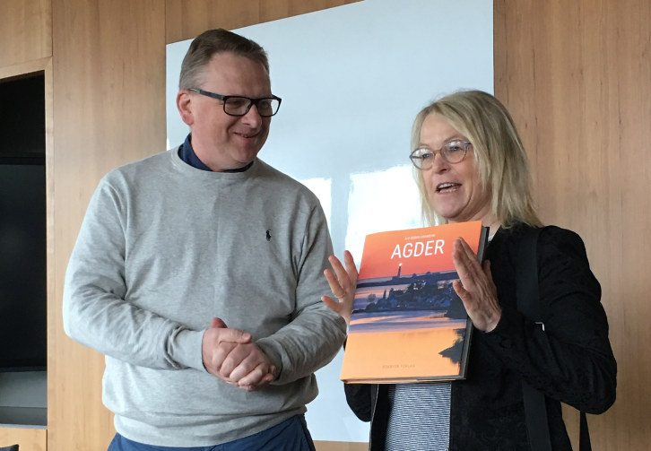 Stortingsrepresentant Åse Michaelsen (Frp)har vært en pådriver for veisatsingen på Sørlandet. Tirsdag fikk hun en varm takk fra styret i SSL.