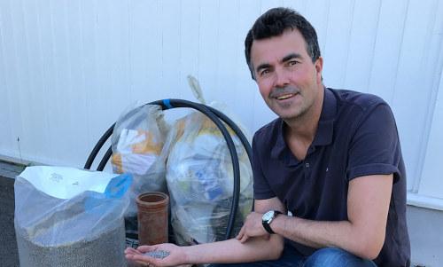 Hva får du hvis du blander plast, vann, kraft og gründerskap i Vang kommune? Med litt innsats har gutta i Industrivekst Vang vist at man med disse ressursene kan bygge Norges første resirkuleringsanlegg for hard plast!