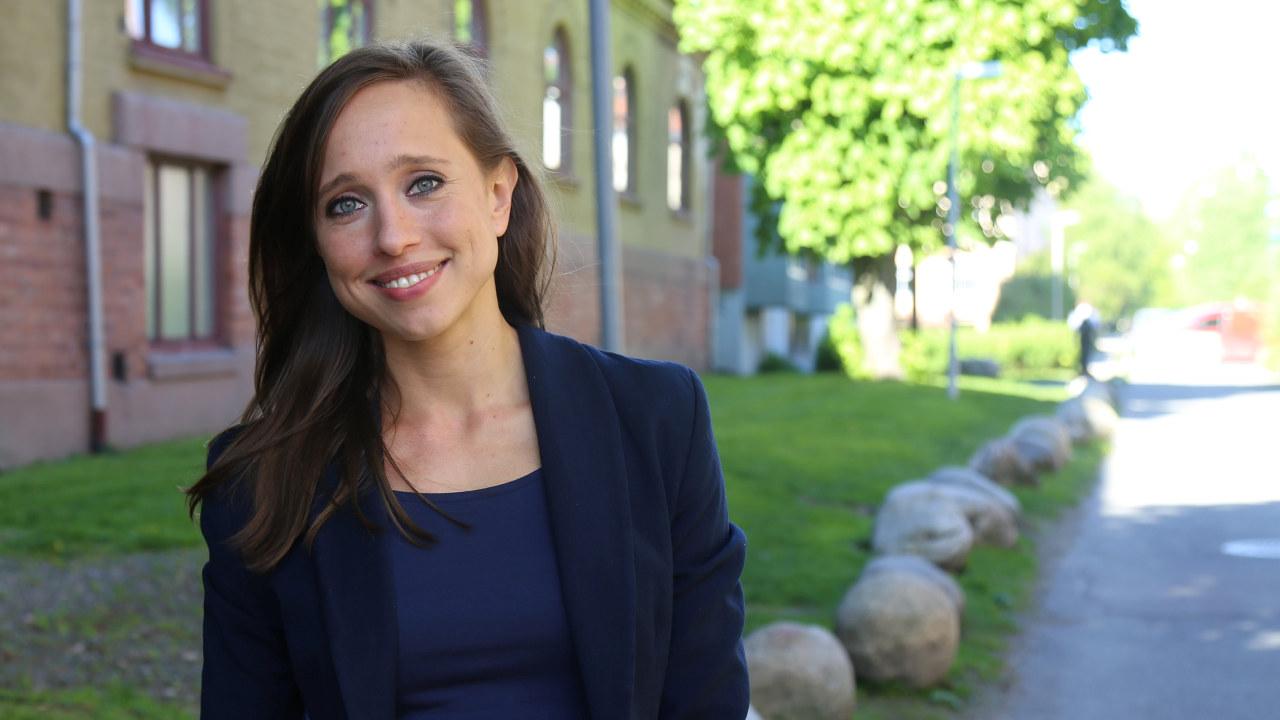 Språkbarrieren sto i veien for relevant jobb i Norge for Agata Sawicka (28) (Foto: Manpower).