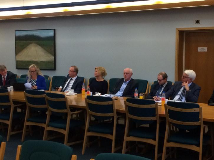 -Vi støtter regjeringens prioritering av tiltak for å få flere i arbeid. Det sa styreleder i NHO Hordaland, Bjarte Hordnes under møte med Hordalandsbenken denne uken.