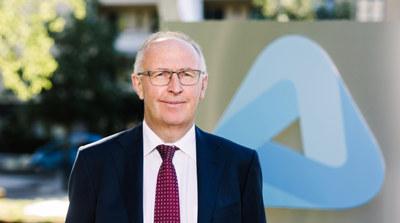 Arvid Moss overtar som styreleder og NHOs øverste tillitsvalgte etter Tore Ulstein.