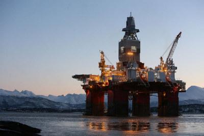 Songa Offshore Management AS har fått tilsagn om støtte på 76 millioner kroner av Næringslivets NOx-fond. Pengene skal brukes til å redusere årlige utslipp av over 760 tonn NOx og 45.000 tonn CO2 på Songa sine fire Kategori D borerigger.