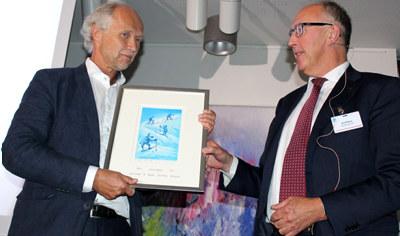 - Ambassadørprisen 2017 gikk til Jens-Petter Kjemprud for sin enestående jobb for norsk næringsliv i Etiopia, Sudan, Iran og nå Nigeria.