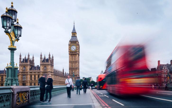 En tredje EØS-pilar kan være en overgangsordning for britene - som ikke svekker EØS-avtalen og som beholder dem i det indre markedet, skriver Tore Myhre.