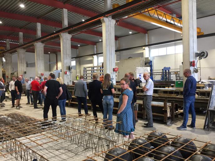 Torsdag 10. august inviterte NHO Telemark både nåværende og kanskje fremtidige stortingspolitikere til bedriftsbesøk i Midt-Telemark.