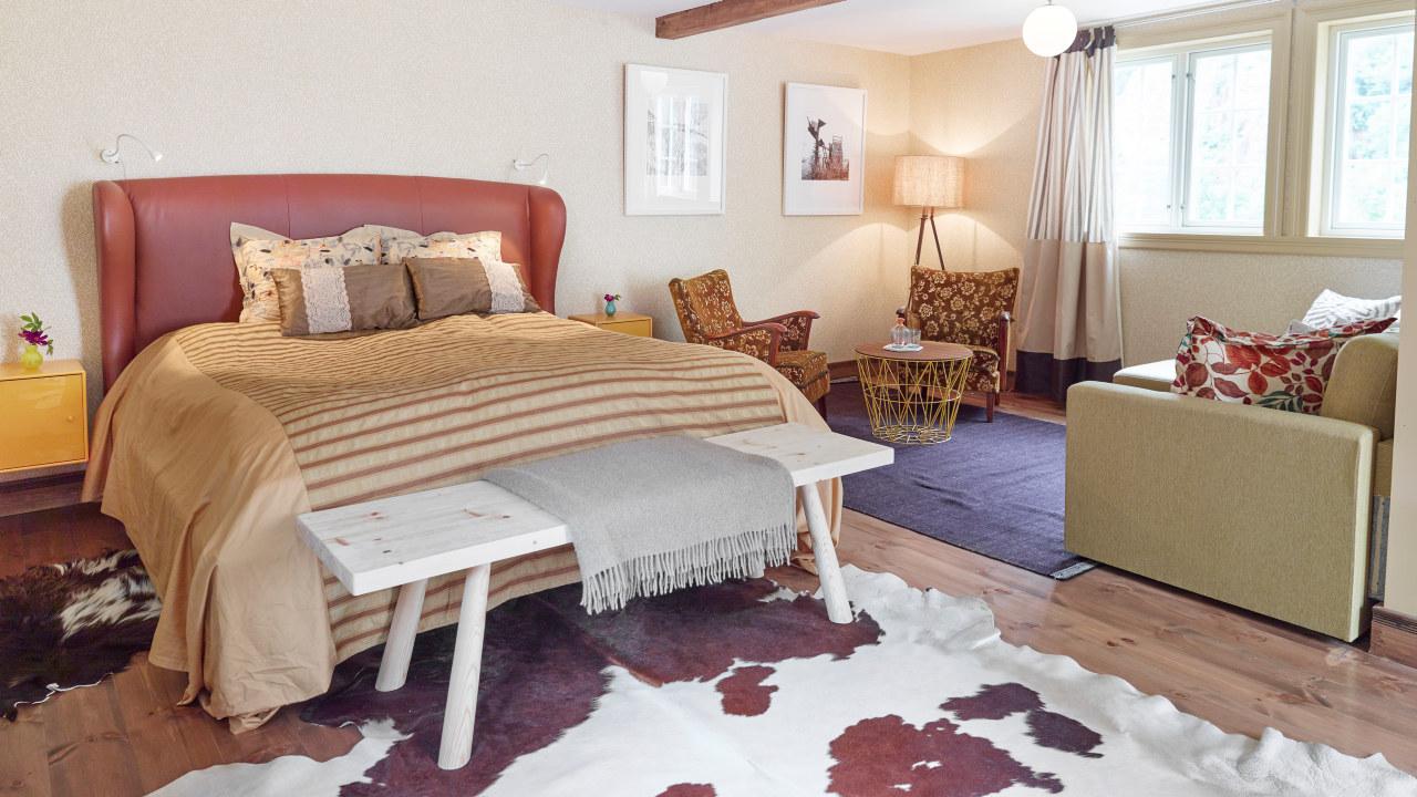 Bilde av seng på hotell
