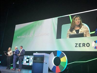 Selskapet fikk prisen av NTNU, Zero og NHO for sitt banebrytende og langsiktige arbeid med utviklingen av en ny produksjonsmetode for solcellesilisium.