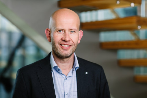- Dette er et godt budsjett for Norge og for Trøndersk næringsliv. Fjerning av maskinskatten viser at regjeringen ønsker å legge til rette for arbeidsplasser, sier regiondirektør i NHO Trøndelag, Tord Lien.