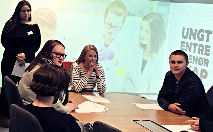 Hvilken kompetanse trenger vi for å lykkes? Spørsmålet får dagens bedrifter til å klø seg i hodet. To gründere på Hamar har funnet suksessoppskriften.