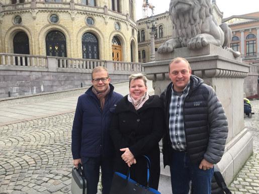 Østfold fylkeskommune, LO og NHO talte sammen Østfolds sak under statsbudsjetthøringen i Transport- og kommunikasjonskomiteen på Stortinget.