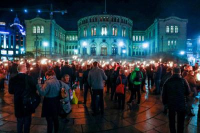 Demonstrasjon foran Stortinget