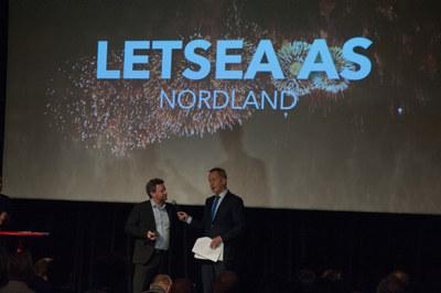 Prisvinner og NHO-medlem LetSea forsker på miljøvennlige løsninger for lakseoppdrett og holder til på øya Dønna i Nordland.