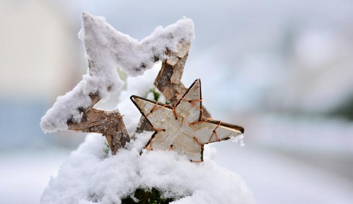 Alle som sørger for å holde samfunnet i gang i julehøytiden fortjener ekstra varme tanker, sier regiondirektør Torill Ytreberg.