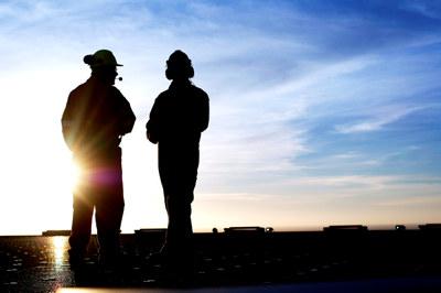 – Det viktigste er at både arbeidsgivere og arbeidstakere har god kunnskap om varslingsprosessene, og at arbeidsgiver leder an når det gjelder å skape en åpen og god ytringskultur i virksomheten, sier advokat i NHO Cathrine Opstad Sunde.