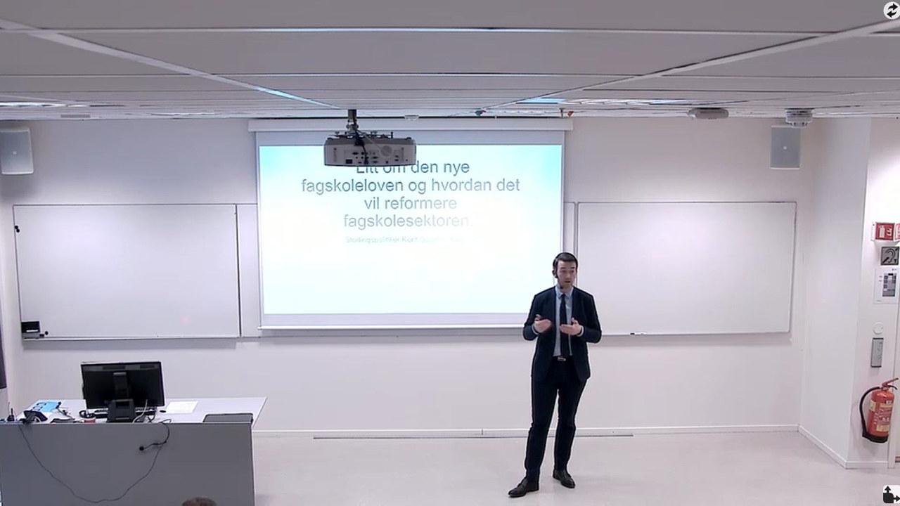 Stortingsrepresentant Kent Gudmundsen (H) innleder på seminar om fagskoler.