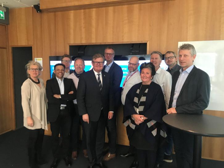 - Vi trenger drahjelp fra næringslivet for å lykkes med viktige samferdselsprosjekter i regionen. Det var hovedbudskapet fra ordfører Harald Furre da han møtte SSLs styringsgruppe tirsdag.