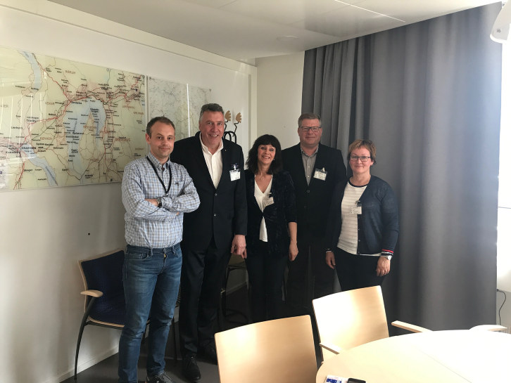 Måndag deltok NHO Vestlandet saman med Sogn og Fjordane fylkeskommune på eit møte med Samferdsledepartementet om FOT-rutene.