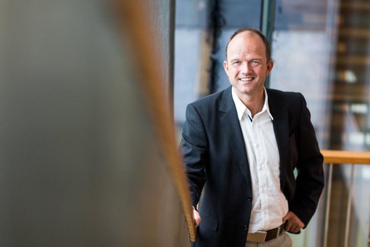 - NHO er glad for at fullskalaprosjektet for CO2-håndtering er tilbake på sporet igjen, sier NHO-direktør Ole Erik Almlid. - Nå trengs full fremdrift mot investeringsbeslutning i inneværende stortingsperiode.