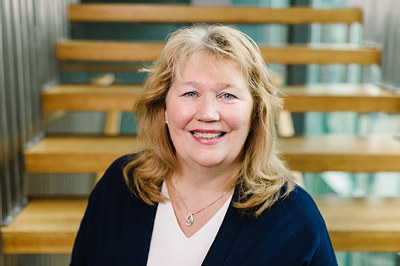 I de fleste kvartaler i den siste to-års perioden har bedriftene i Buskerud vært mer positive til markedssituasjonen enn landsgjennomsnittet. Buskerud-bedriftene er optimistiske, og bedrifter som planlegger å øke antall ansatte er klart flere enn bedrifter som planlegger å nedbemanne. Dette er gledelig, sier regiondirektør Grete Karin Berg, NHO Buskerud.
