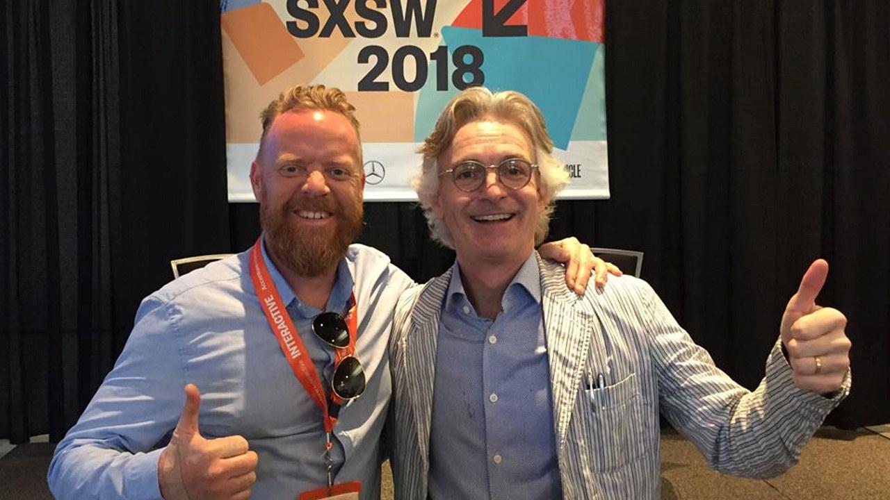 Kolbjørn Nordvik i Engasjert Byrå sammen med forfatter, filmprodusent, foredragsholder og konsulent Minter Dial, som snakket om morgendagens merkevare på SXSW 2018.