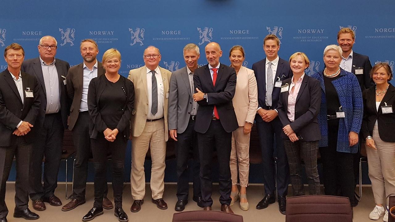 Representanter fra Forskningsinstituttenes fellesarena (FFA) møtte 4. september den nye generaldirektøren for forskning og innovasjon i EU, Jean-Eric Paquet.