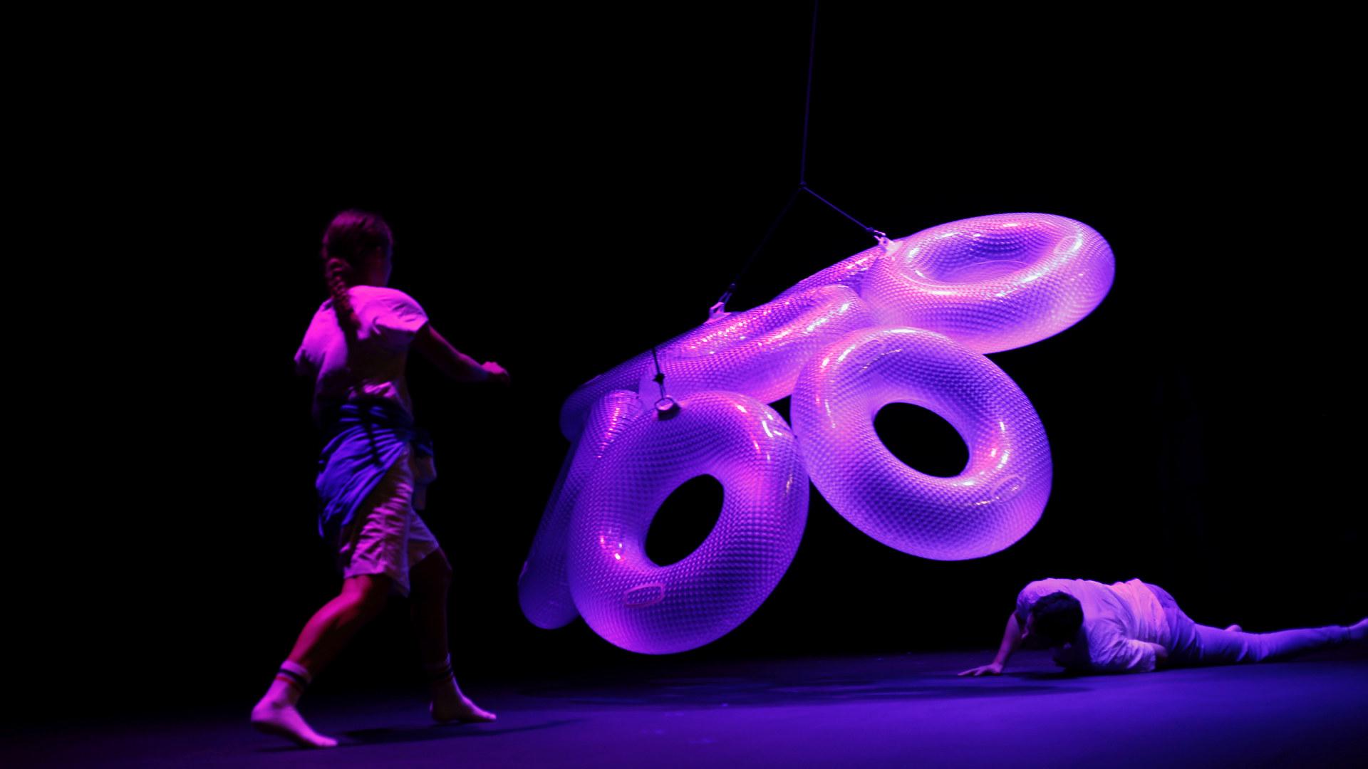 Dans på scenen