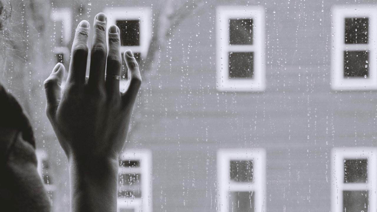 Regn på vindu