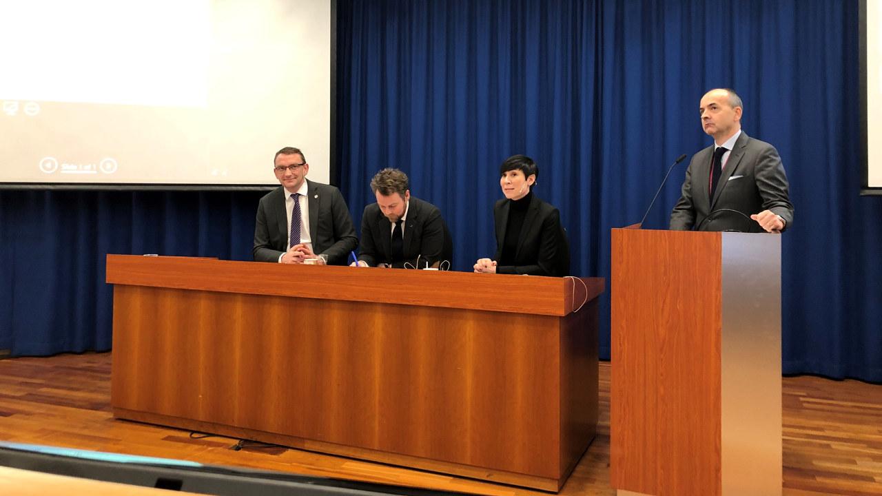 Bilde fra møtet med utenriksminister og næringsminister