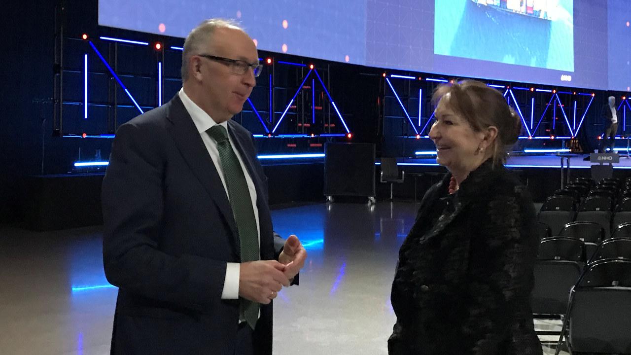 Arvid Moss, NHO, og Gunn Marit Helgesen, KS.