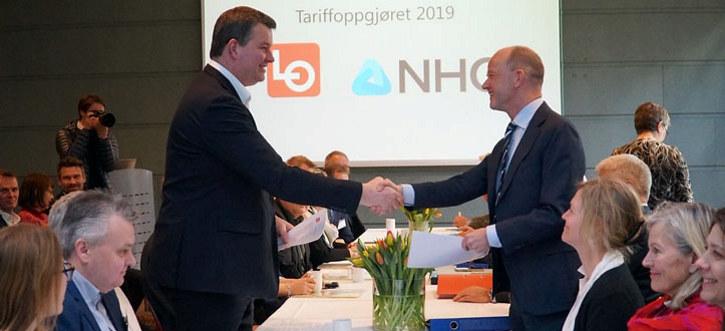 Håndhilsen LO og NHO, tariffoppgjøret 2019