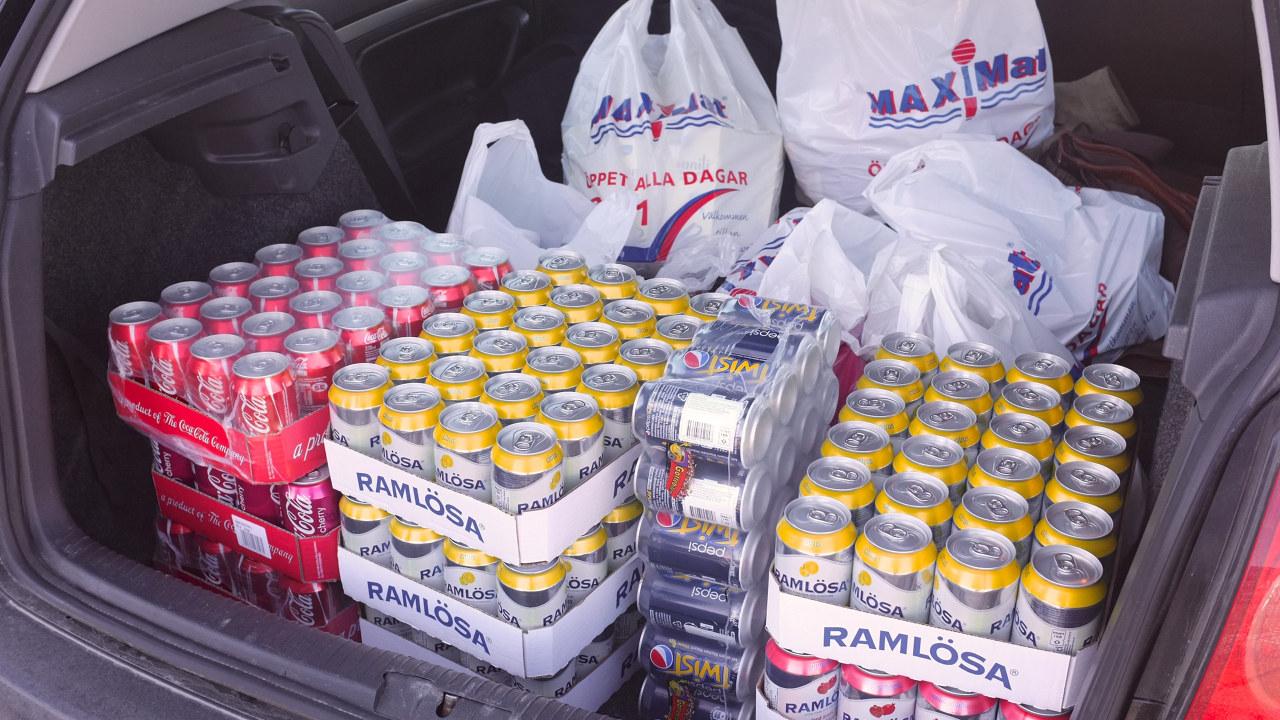 Grensehandel mat og drikke i bil