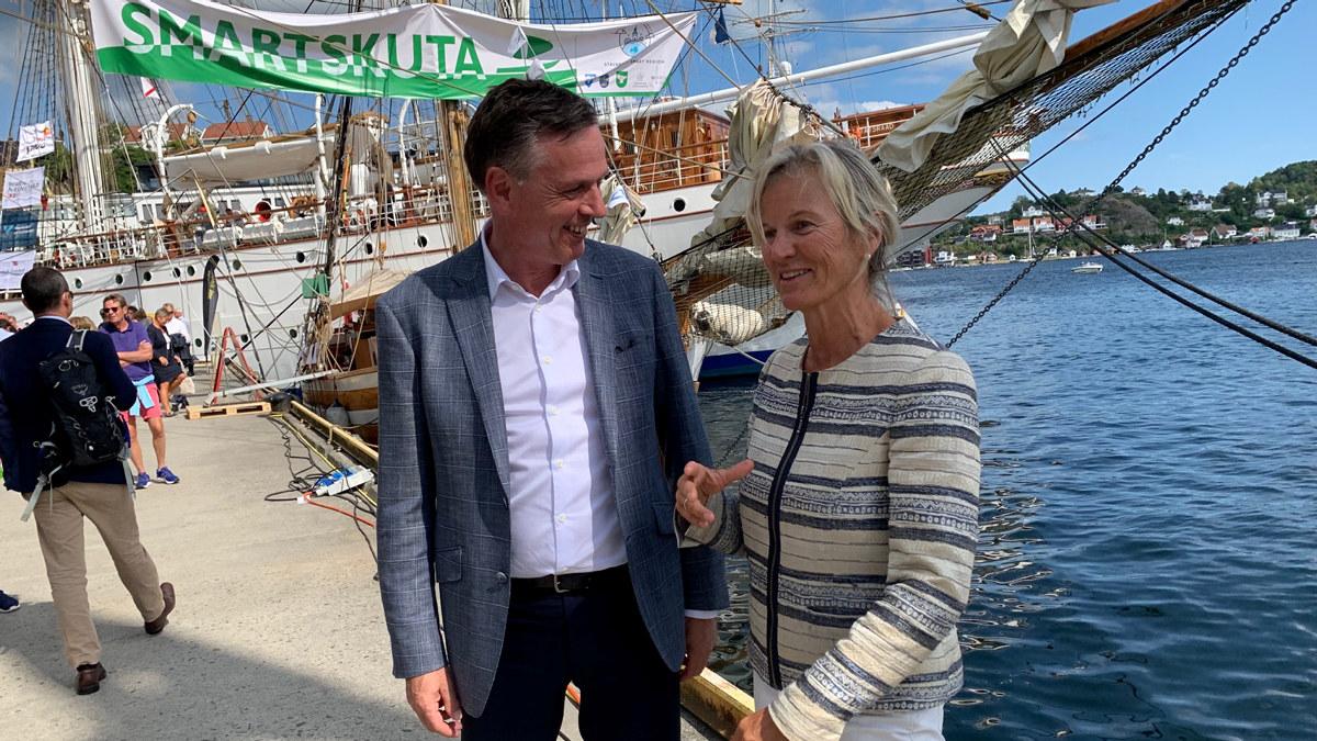 Kristin Krohn Devold i samtale med Michael Thamm fra Costa Group og CLIA Europa under cruisedebatten på Arendalsuka 2019