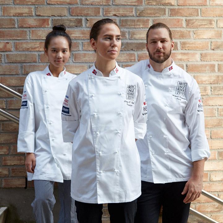 Årets unge kokk 2019:  Team Ekholt. Kandidat Celine E. Ekholt, Commis Na Tran og coach Mikael Svensson. Foto: Marius Viken // Pudder Agency