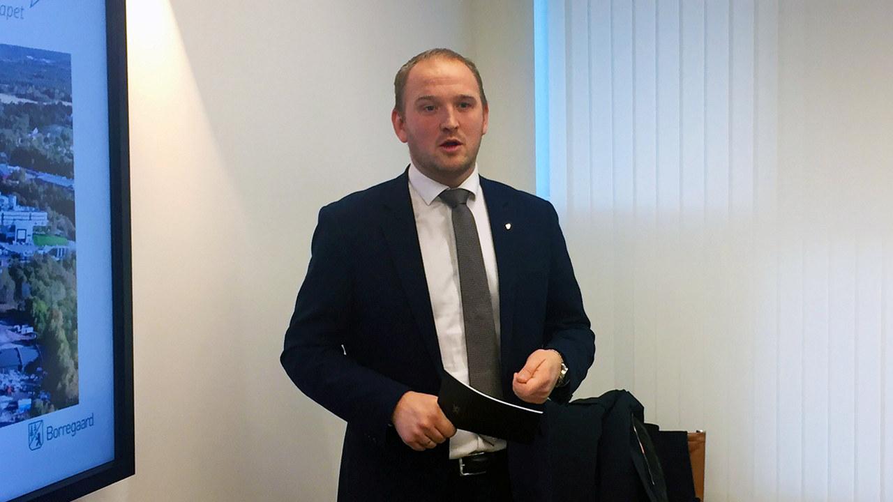 Statsråd Jon Georg Dale. Foto.