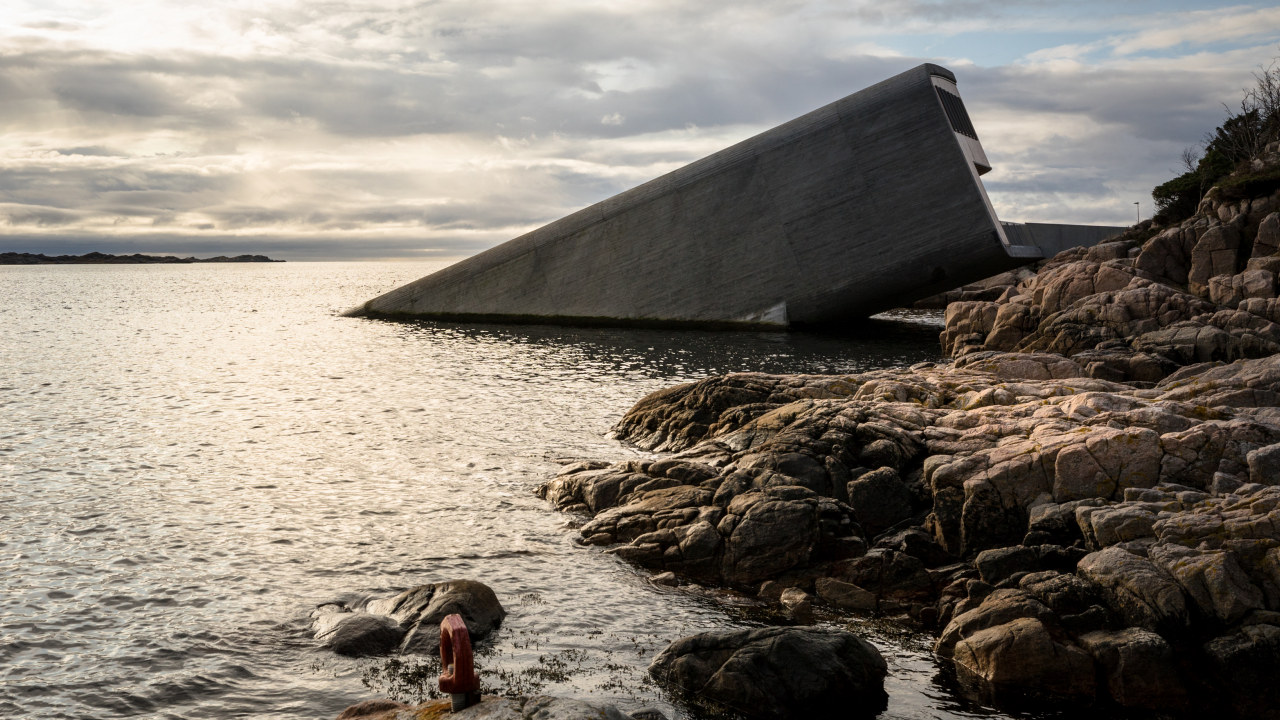 Her ser du Under i Lindesnes, Europas første undersjøiske restaurant