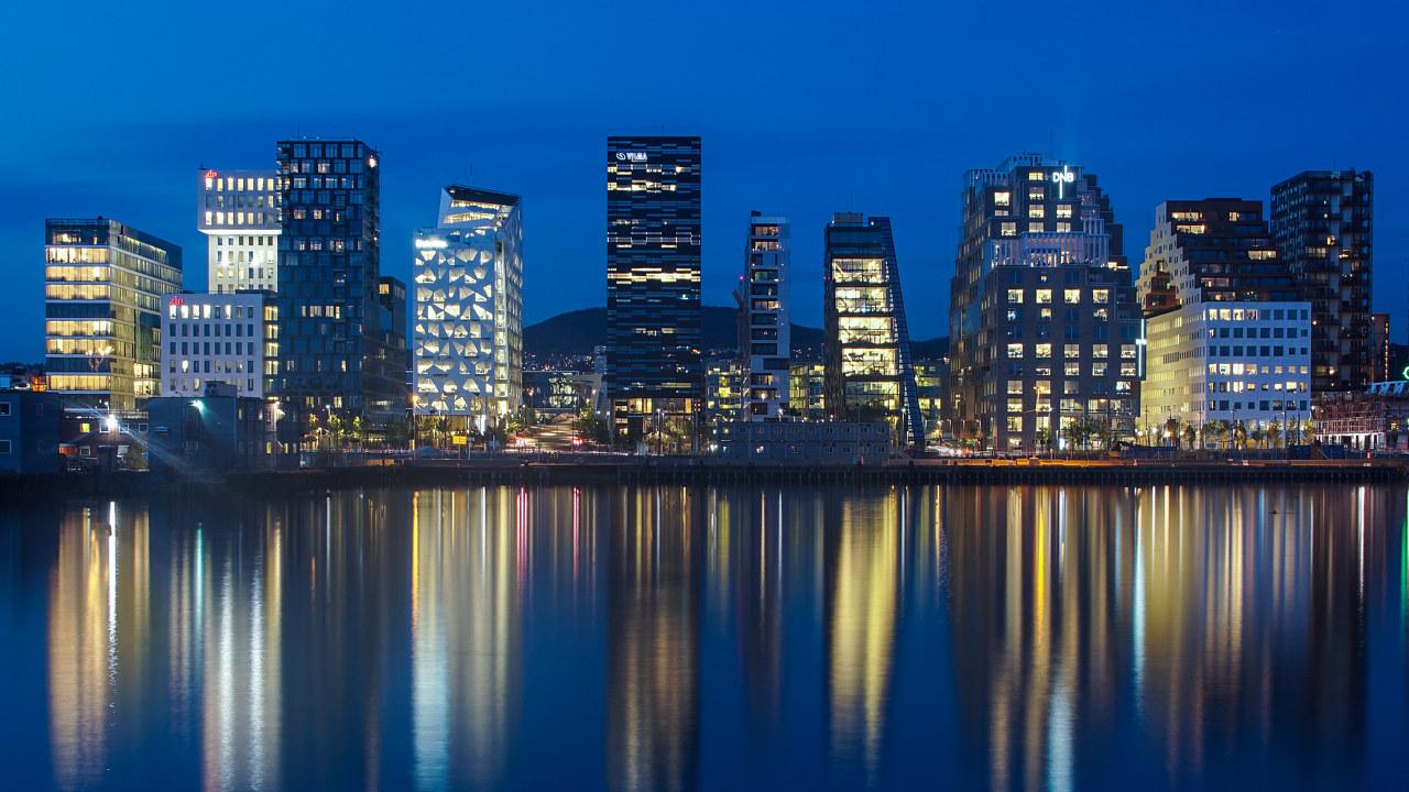 Nye bygninger i Oslo indre havn, kjent som Barcode